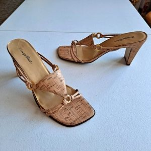 Carriage Court Cork Style Square Toe Y2K 90s Chunky Heels